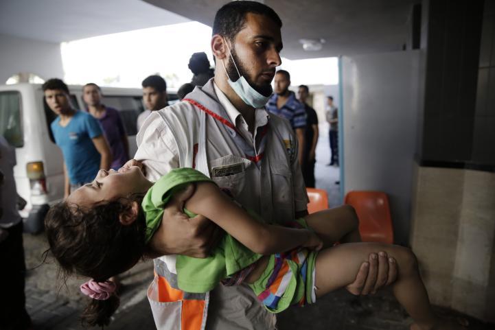 Israel y Hamas reanudan ataques tras tregua; muere un niño