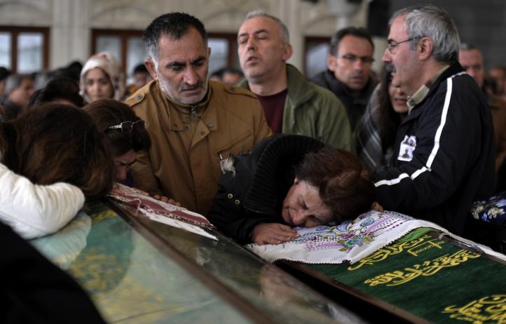 Turquía ataca objetivos curdos en Irak tras ataque en Ankara