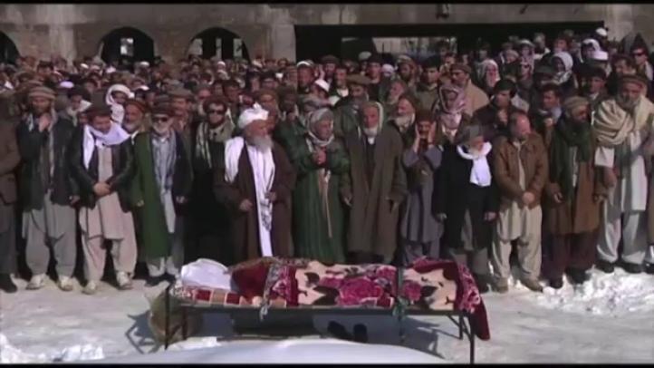 Suben a 165 los muertos en avalancha en Afganistán