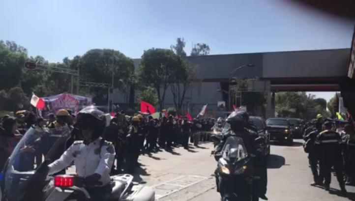 Llegad de EPN a San Lázaro