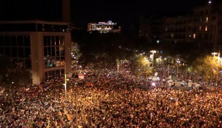 Exigen libertad de independentistas catalanes