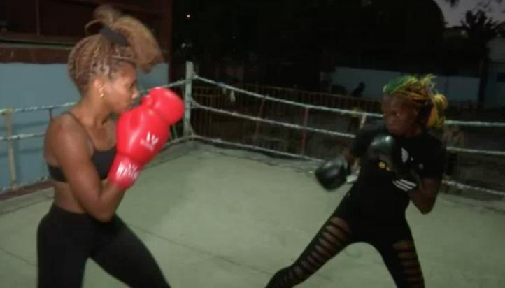 Boxeo femenil en Cuba