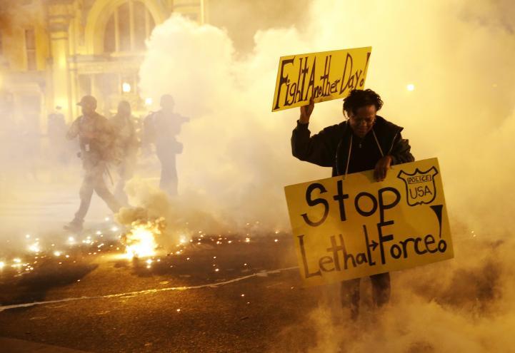 Toque de queda en Baltimore dejó 35 detenido