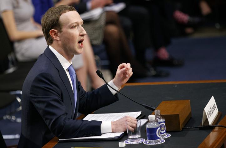 Zuckerberg comparece ante el Congreso de EU