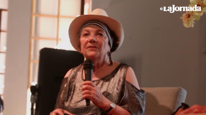 """""""La fotografía es, para mi, la sorpresa; si no me sorprende, no lo tomo"""": Graciela Iturbide"""