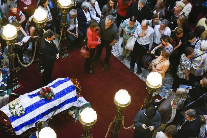 Homenaje a Galeano en el Parlamento de Uruguay