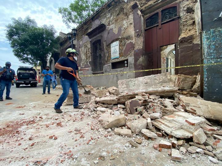 Fuerte sismo de 7.5 remece centro y sur de México