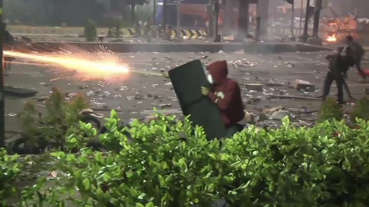 7 muertos en disturbios electorales en Indonesia