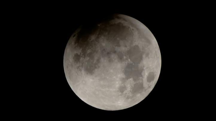 Una científica calcula la temperatura interna de la Luna