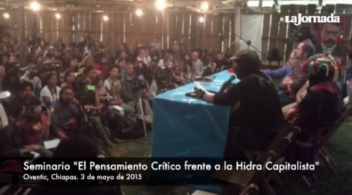 Padres de los normalistas de Ayotzinapa participan en seminario organizado por el EZLN