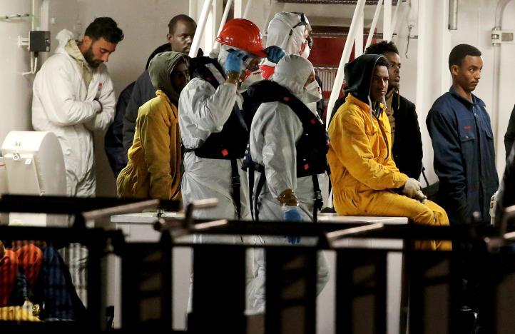 Llegan a Sicilia sobrevivientes de naufragio