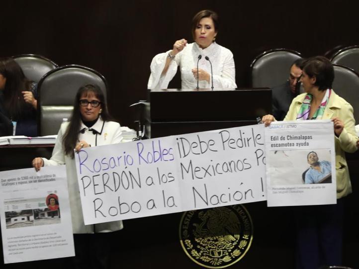 Se confronta Rosario Robles con diputada