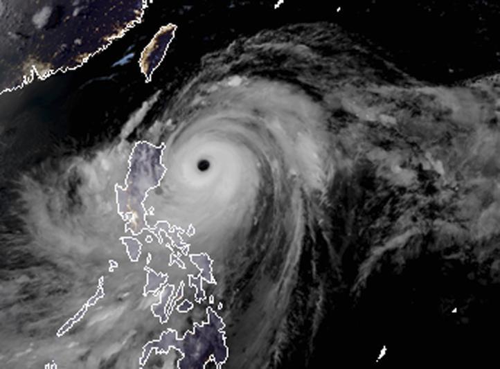 Potente tifón Mangkhut se acerca a norte de Filipinas