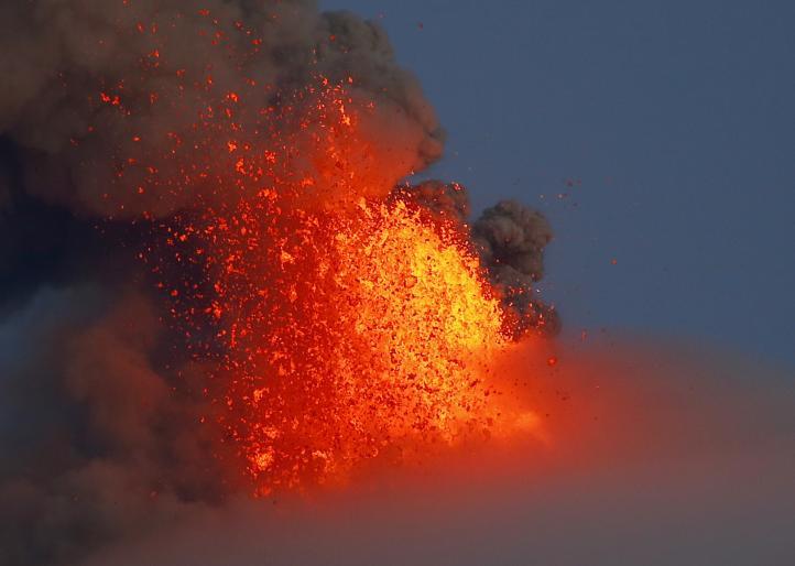 Filipinas se prepara para larga emergencia por volcán