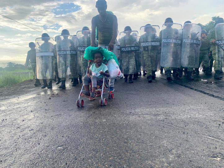 Desbaratan caravana migrante en Chiapas