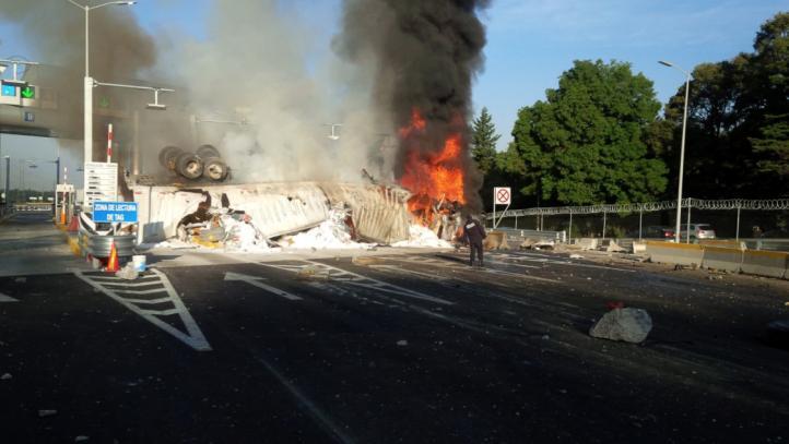 Accidente en la autopista México Toluca