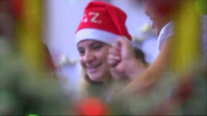 Internas de prisión en Río de Janeiro celebran la época navideña