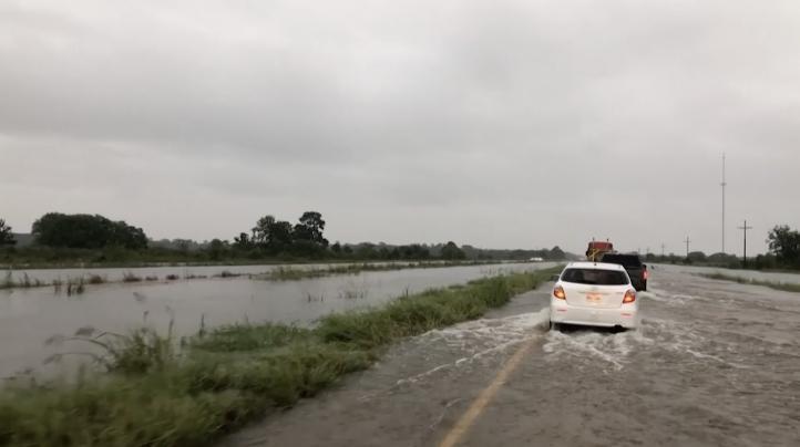 Imelda empapa a Texas y Luisiana con lluvias torrenciales