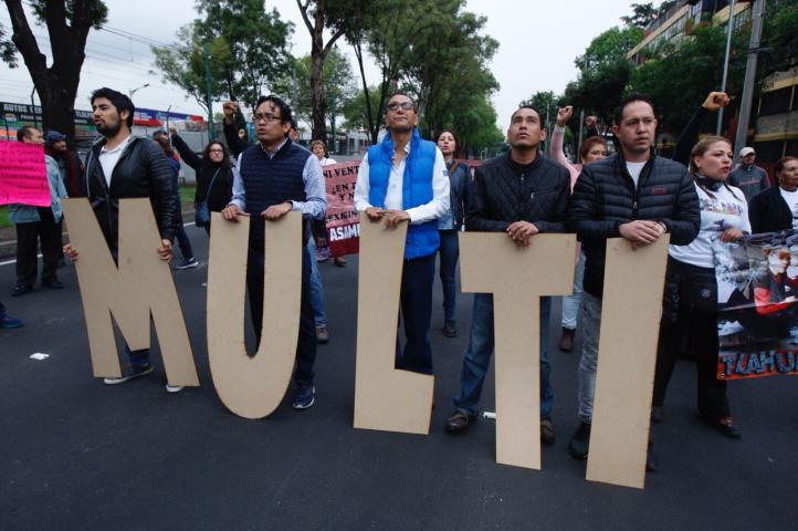 Damnificados escalan su protesta y bloquean 4 vías primarias