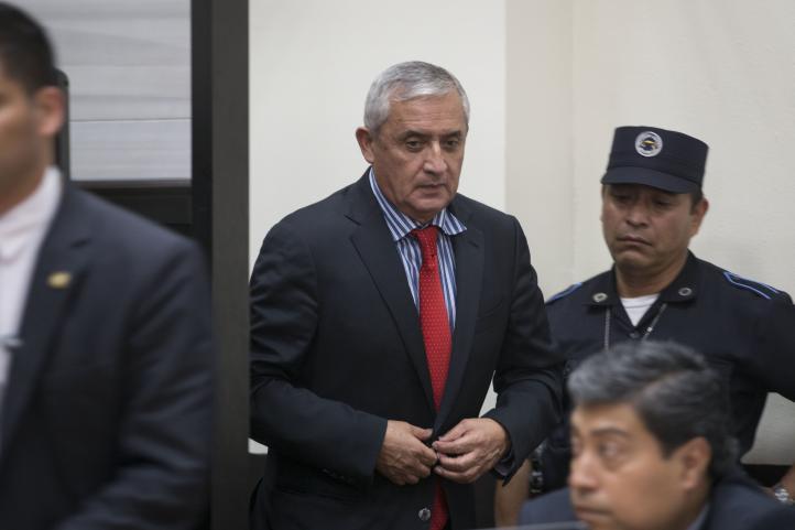 Congreso de Guatemala acepta renuncia de Peréz Molina