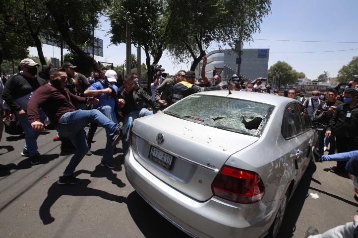 Protestan policías en la CDMX, exigen libertad de 2 compañeros