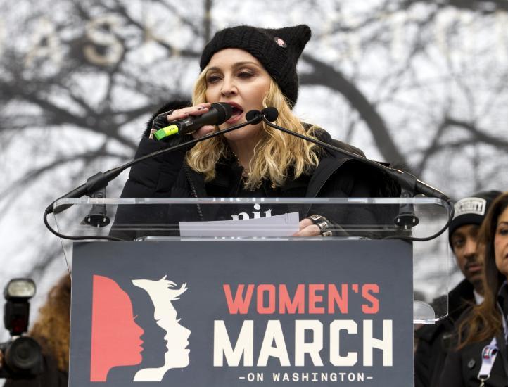 """""""He pensado mucho en hacer explotar la Casa Blanca"""": Madonna, en la Marcha de las Mujeres"""