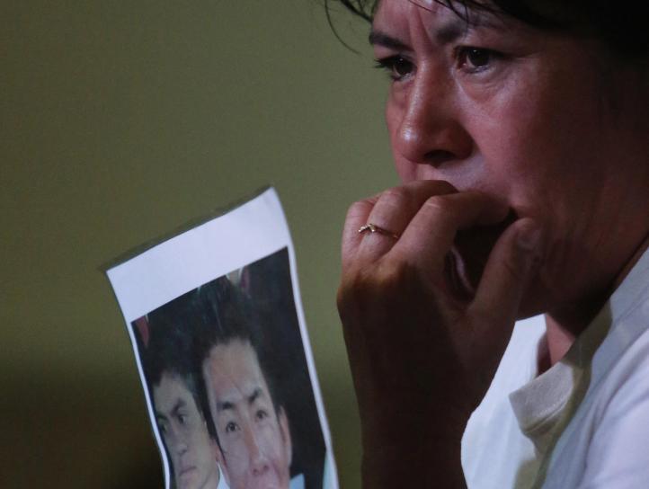 """""""Prisa"""" oficial por concluir investigación, reviran padres de normalistas"""