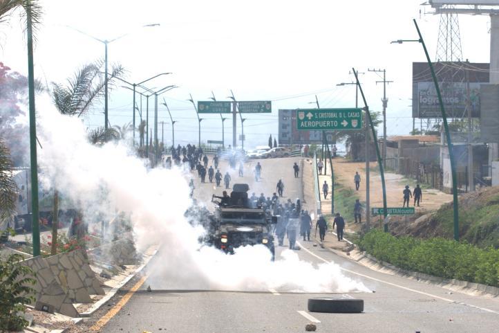 Repliegan a maestros en Tuxtla Gutiérrez