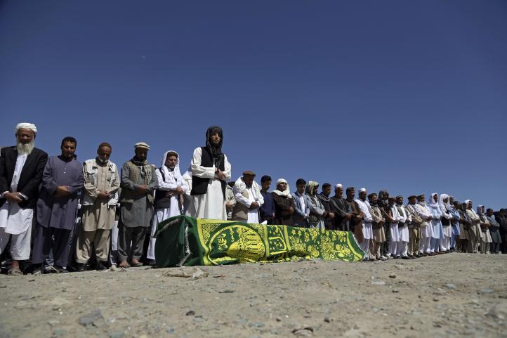 Despiden a las víctimas mortales de atentado en Kabul
