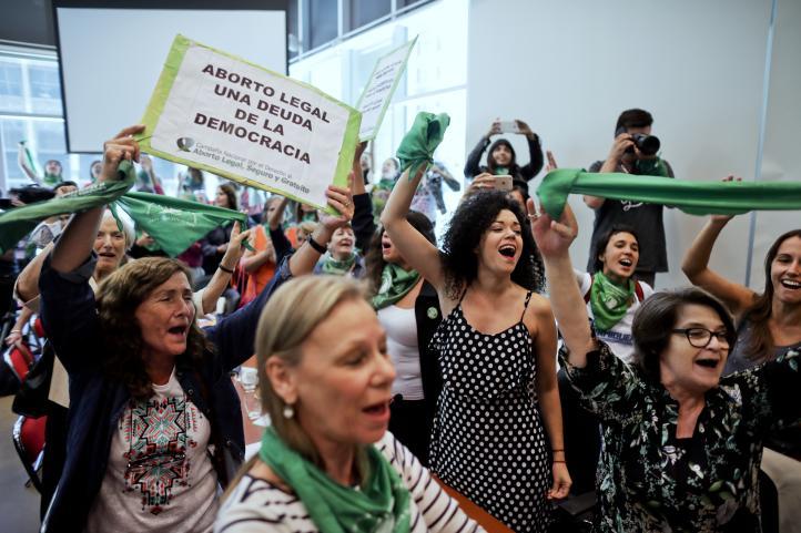Diputados argentinos presentan proyecto legalización aborto