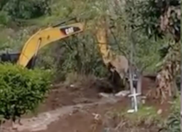 Rompen  línea de conducción de agua del sistema Cutzamala