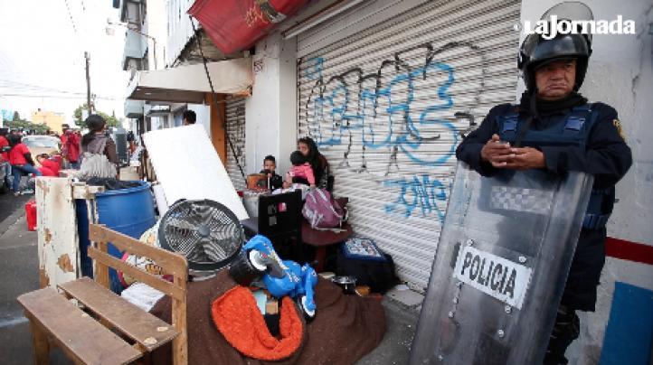 Desalojo en Peñón de los Baños culmina en enfrentamiento