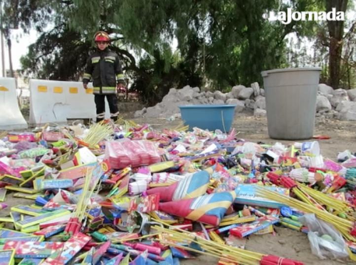 Decomisan y destruyen 400 kilos de material pirotécnico en Ixtapaluca