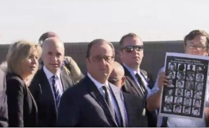 François Hollande rinde homenaje a las víctimas de dictadura en Argentina