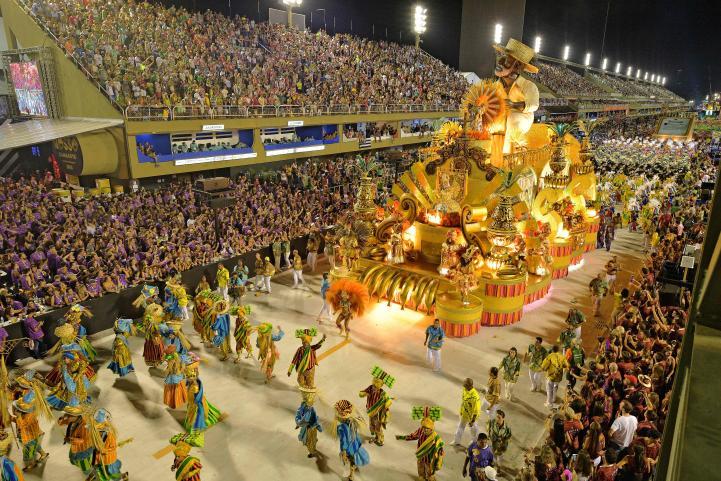 Comienza carnaval en Río de Janeiro
