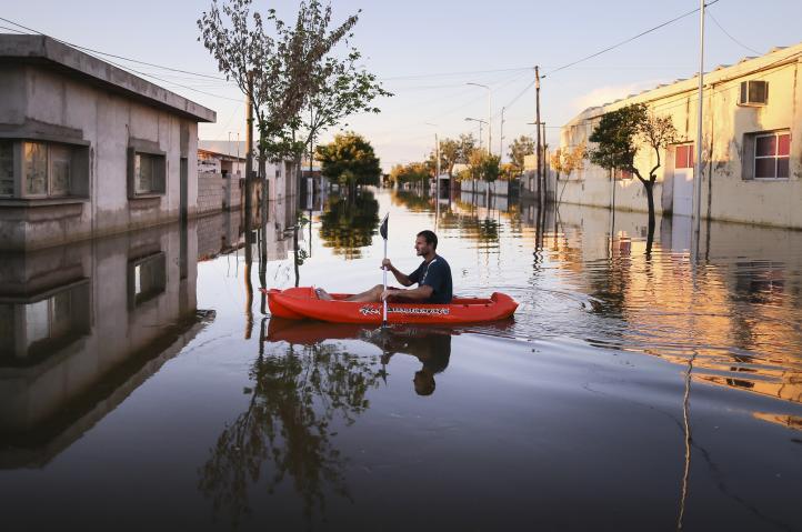 Lluvias e inundaciones dejan 12 muertos en Argentina