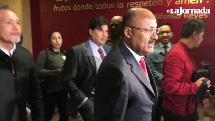 Llegada de René Juárez a la sede nacional del PRI