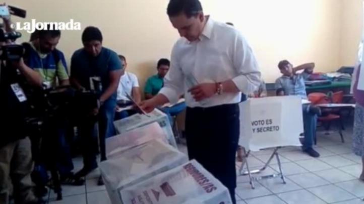 El gobernador de Nayarit, Roberto Sandoval llama a la ciudadanía a votar
