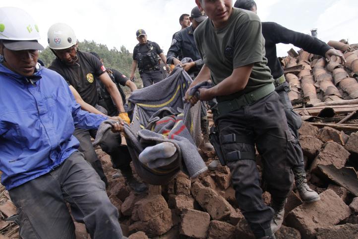 Perú declara emergencia en zona de sismo