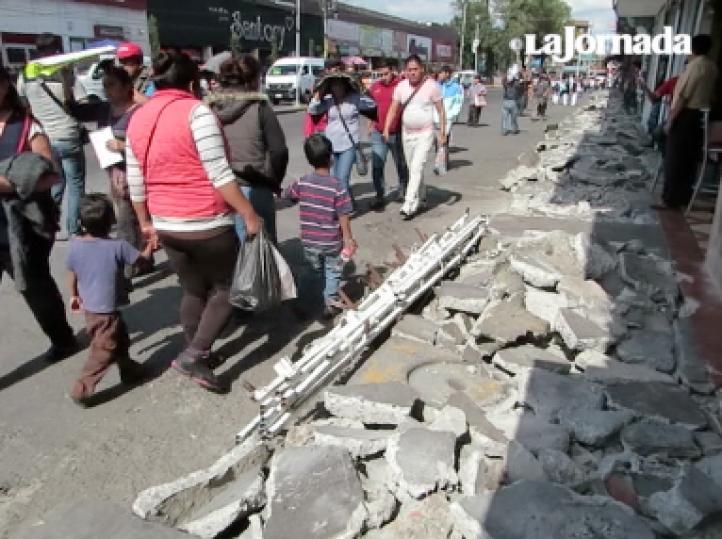 Comerciantes de mil 400 puestos son desalojados del centro de Naucalpan