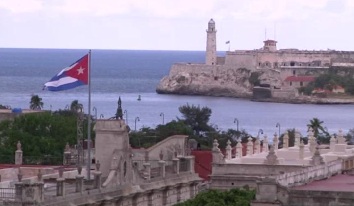 Se construye red escuelas privadas en Cuba