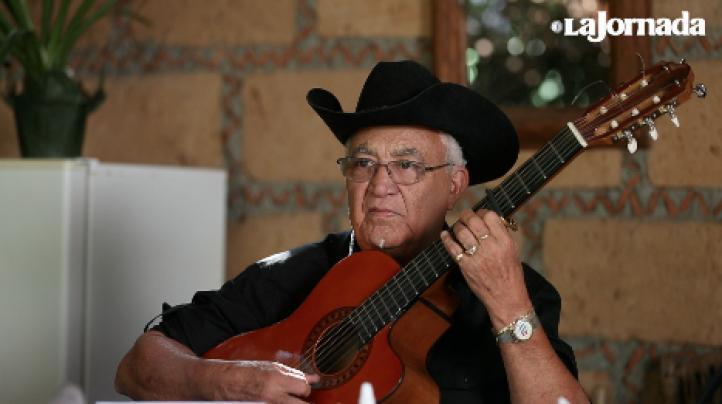 Eliades Ochoa en México, para festejar los 25 años de Discos Corasón