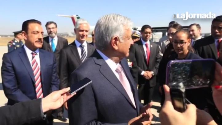 AMLO conmemora a la Fuerza Aérea Mexicana en Santa Lucía