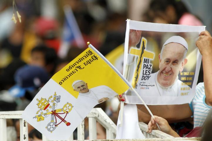 Papa despega hacia Latinoamérica, visitará Chile y Perú