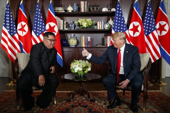 Trump y Kim Jong Un se reúnen en Singapur