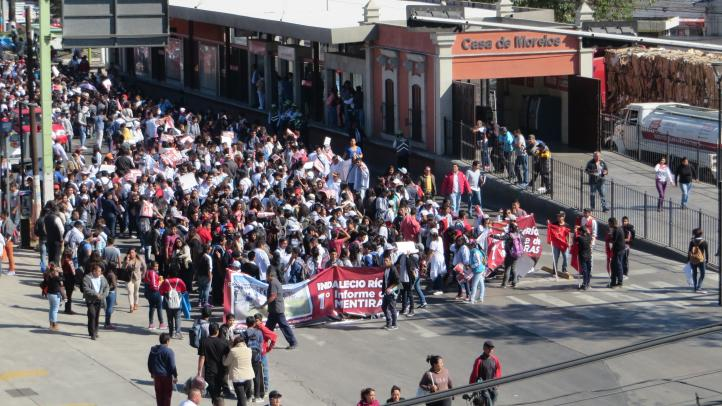 Estudiantes del Estado de México demandan apoyos