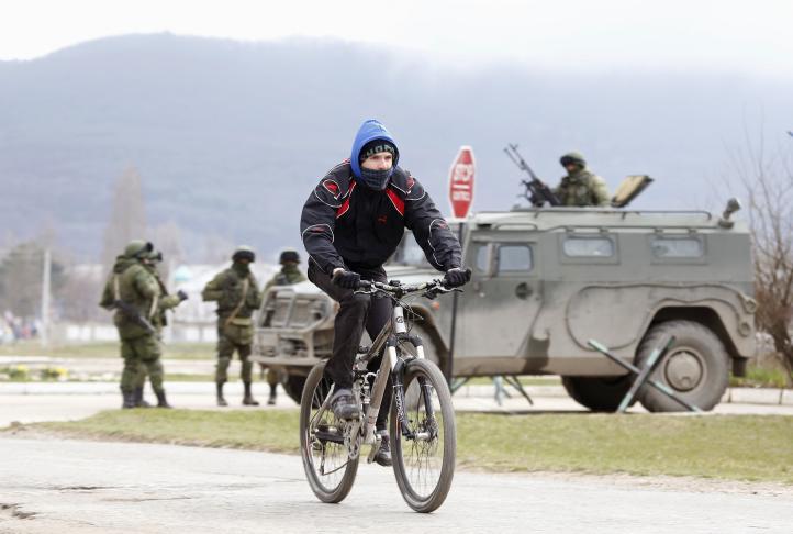 El presidente derrocado de Ucrania dice que podría haber guerra civil en su país