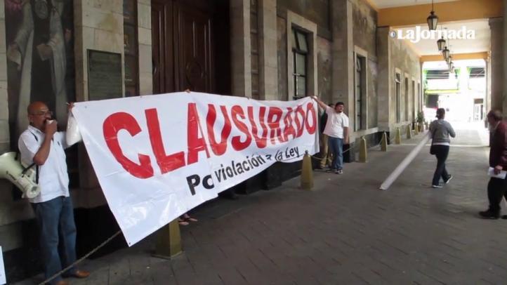 Vecinos de Tlalpan clausuran de forma simbólica la delegación