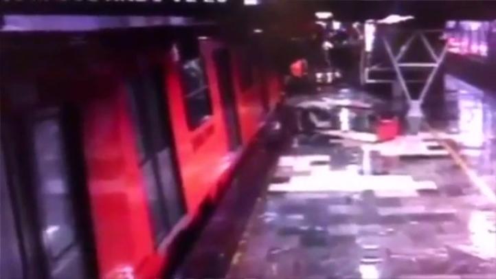 Momento del choque del metro en Oceanía