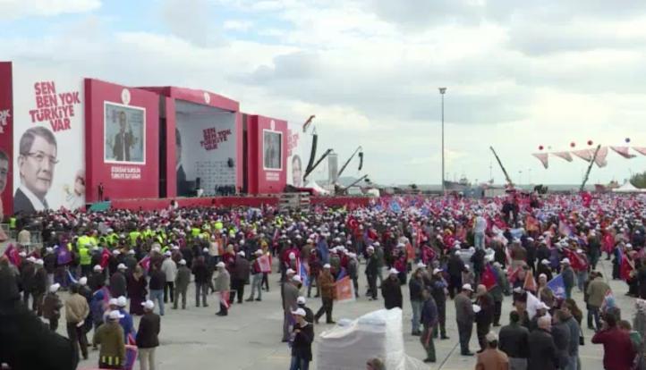 Policía de Turquia detiene a supuestos militantes de EI
